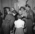 Bezoek Koninklijk Paar aan Luxemburg Ambassade, Bestanddeelnr 904-6383.jpg