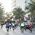 Bicyclists in Miami Beach, Florida.jpg