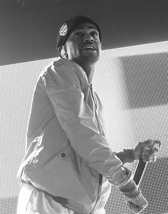 Big Sean - Sean performing in April 2015.