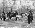 Bijzetting op Grebbeberg van 20 gesneuvelde militairen in Frankrijk, Bestanddeelnr 903-8455.jpg