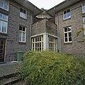 Binnenterrein, hoek verhoogd met een lage verdieping in aangepaste stijl - Heiloo - 20356474 - RCE.jpg