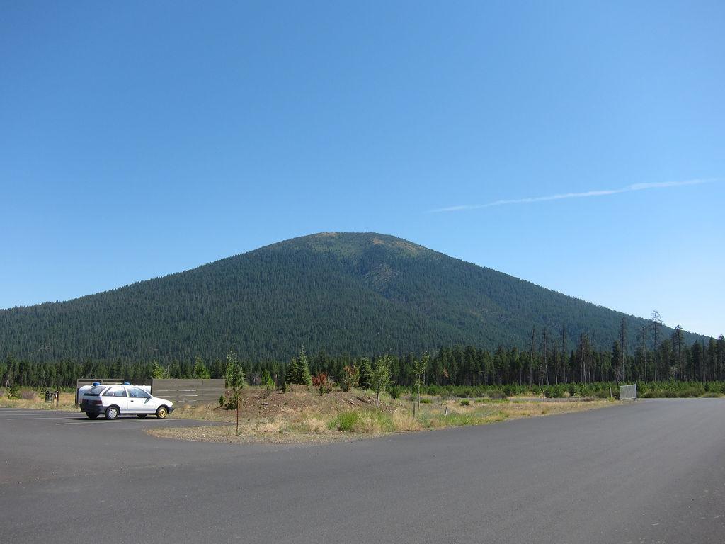 Black Butte, Oregon.jpg