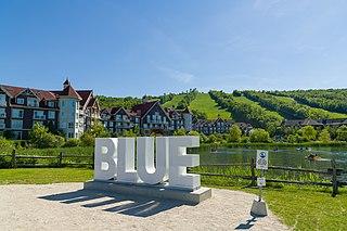 Blue Mountain (ski resort) alpine ski resort in Ontario, Canada