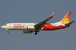 Boeing 737-8HJ, Air India Express AN1157698.jpg