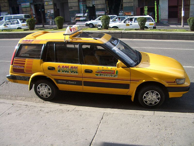 File:Bolivian taxi, La Paz.jpg