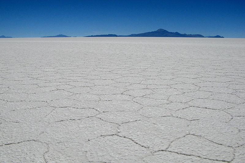 File:Bolivie-Salar de Uyuni-MT.jpg