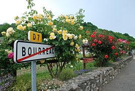 Bourréac entréé fleurie.JPG