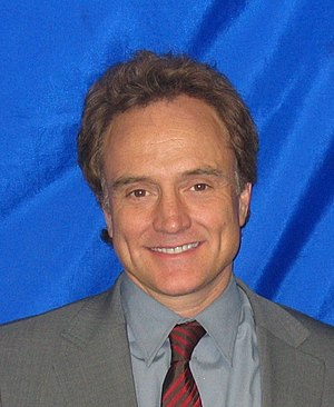 Photo of Bradley Whitford, cropped from an ima...
