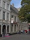 foto van Pand met verdieping en zadeldak, evenwijdig aan de straat