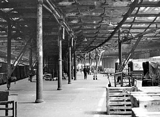 Bricklayers Arms railway station - Bricklayers Arms Goods Depot interior in 1959