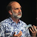 Bruce Schneier at CoPS2013-IMG 9156.jpg