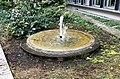 Brunnen Sternstr München.jpg
