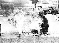 Buddhist monk burning.jpg