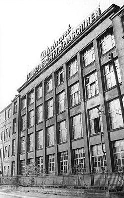Bundesarchiv Bild 183-58981-0004, Chemnitz, VEB Elite Diamant.jpg