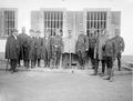 Bundesräte und Offiziere in Les Rangiers - CH-BAR - 3236575.tif