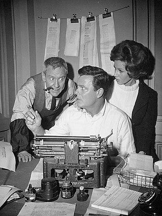 Printer's Devil - Burgess Meredith, Robert Sterling and Pat Crowley