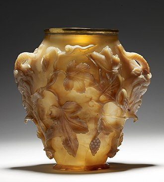 Lycurgus Cup - The Rubens Vase, an agate hardstone carving of c. A.D. 400