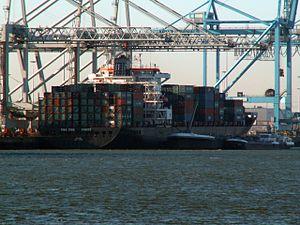 CMA CGM Force IMO 9347566 , Port of Rotterdam, Holland 29-Jan-2006.jpg