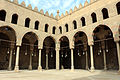 Cairo, cittadella, moschea di an-nasr mohammed, 1318-1335, cortile 03.JPG