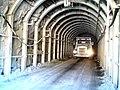 Camion saliendo de mina - panoramio.jpg