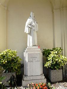 La statua del frate presso Camporosso