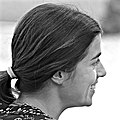 Candid smile girl profile (22478207554).jpg