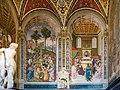 Cappella Piccolomini sposa Eleonora e cardinale Pinturicchio Siena.jpg