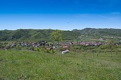 Cartosio in spring.jpg