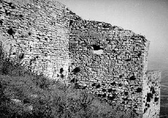Castle of Ventimiglia - A tract of the western walls and the south-west tower.