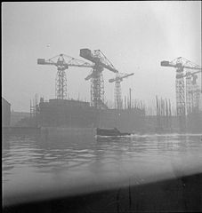 Cecil Beaton Photographs- Tyneside Shipyards, 1943 DB58.jpg