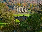 Chatsworth House and Bridge.jpg