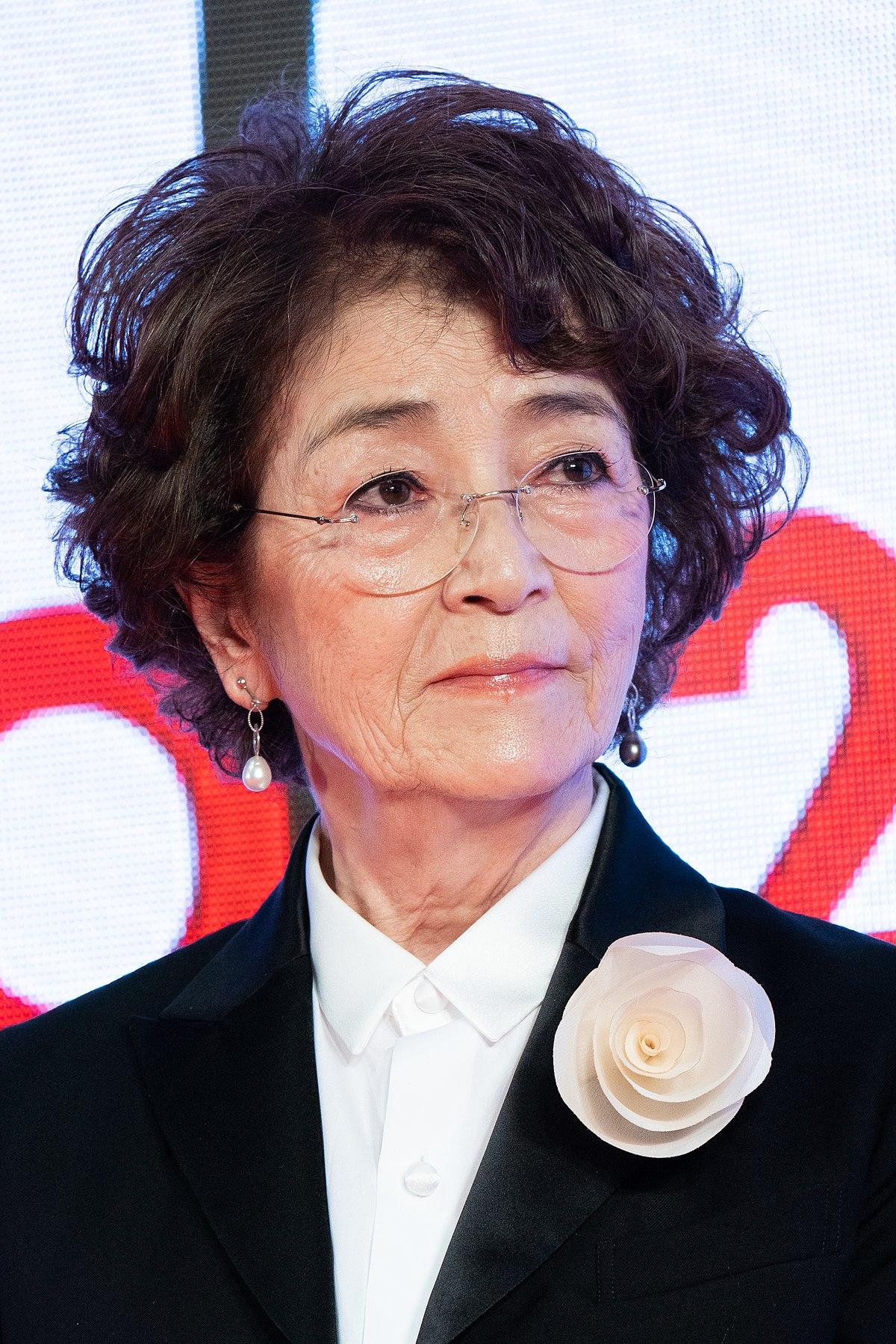 倍賞千恵子 - Wikipedia