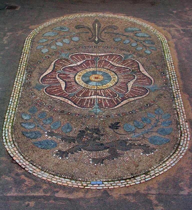 Cobblestone mosaic lancaster rose