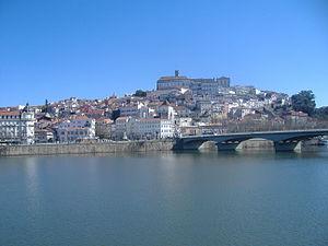 Mondego River - Image: Coimbra tozu