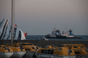 Collision of Costa Concordia 20.jpg