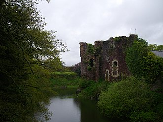 Château de Comper - Remnants of the feudal castle