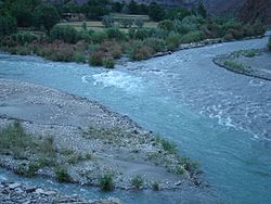 Confluence of river kabul and river indus.JPG