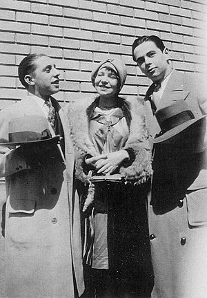 Three X Sisters - Songwriters Richard Rodgers and Lorenz Hart with Violet W. Hamilton in England (1927)