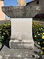 Croix Villeneuve Grièges 9.jpg