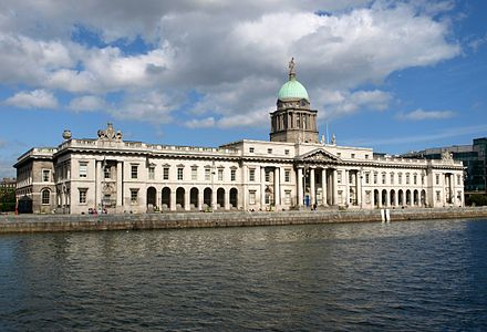 The Dublin Custom House is a neoclassical building from the late 18th century. CustomHouseDublin.JPG