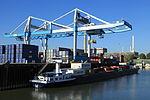 Düsseldorf - Hafenbecken Lausward+Portainer NDH 03 ies.jpg