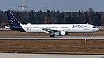 D-AISP Lufthansa A321 (40698837272).jpg