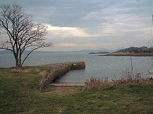Dalgety Bay - Image: Dalgety Bay Harbour geograph.org.uk 25129