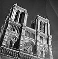 De Notre Dame verlicht, Bestanddeelnr 254-2073.jpg