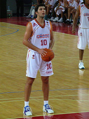 Dejan Bodiroga - Bodiroga playing with Lottomatica Roma in 2006.