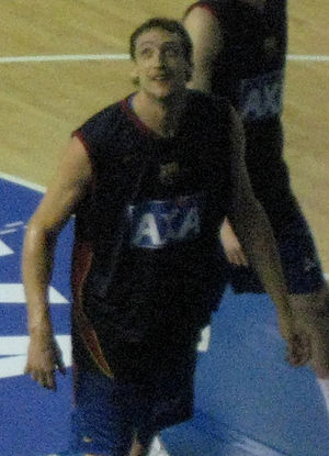 Denis Marconato - Denis Marconato warming up in the second game of the 2008 ACB Finals.