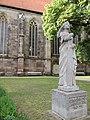 Denkmal der römisch-deutschen Kaiserin Theophanu - Eschwege Marktkirche - panoramio.jpg