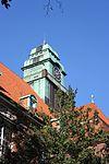 Der Turm der Auguste-Viktoria-Schule, Haus A (Flensburg, September 2013).JPG