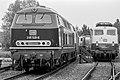 Diesellok 218 148-5 und Elektrolok 110 444-7 Deutsche Bundesbahn im Bahnhof Emmerich-0497.jpg