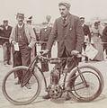 Dominique Lamberjack sur Griffon au kilomètre de Deauville (août 1902) - Copie.jpg